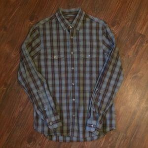 Perry Ellis Men's Slim Fit Casual shirt-M
